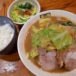 濃菜麺 井の庄 - 濃菜麺(750円)+ミニごはんセット・スッパベジ(150円)