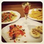 マール - ディナーセットの前菜とサラダ