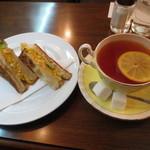 伊吹珈琲店 - 玉子トーストサンドイッチセット 520円