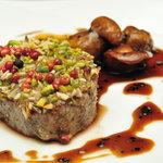 ベトラーヴ - 蝦夷鹿ロース肉のロースト トリュフのソース