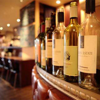 約30種類のフルボトルワイン