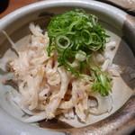 お寿司と焼鳥きっちん 祐星 - 鶏皮ポン酢