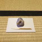 27126505 - お茶席にて「吉はし」さんのお菓子(茶席と懐石を楽しむ会にて)