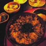 季節の風 蔵 - しじみ丼と小鉢。