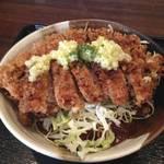 洋食や シェ・ノブ - ビフカツ丼(1.5倍)