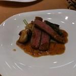 27133488 - メインの肉料理:和牛肉のカットグリル