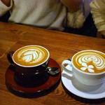 STANDARD COFFEE LAB. - 料理写真:スタンダードラテ ¥450+税