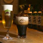 お箸BARおれお - 料理写真:サッポロエーデルピルス&エビススタウトクリーミィトップ。どちらも本当にオススメの生ビールです(^^)