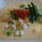 ビストロ ピンキオ - 舌平目のムニエル 野菜のクリームソース