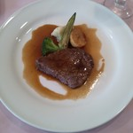 27138662 - 牛肉のステーキ