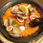 Spanish Dining Casa mila - メインの魚介のパエリアです。
