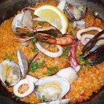 Spanish Dining Casa mila - ご飯に魚介のエキスがしみこんでパリパリと食べれました。私好みのお味でとっても美味しくいただけました。