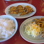27144529 - 焼き餃子単品と定食のセット