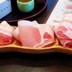 27146387 - 肉は、アグー豚&TOKYO-X