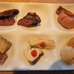 空桜 - グリル系 牛ロース、ハラミ、豚ロース、ソーセージ、鶏グリル、カンパチのソテー、ホタテのソテー