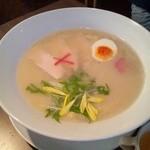 27149013 - 特濃鶏白湯麺塩味 780円