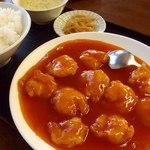 同福堂 - エビチリ(乾焼蝦仁)定食;蝦は軟炸(フリット),溜は茄汁(ケチャップ味)です @2014/05/10