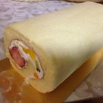 ガトーあらまき - 料理写真:フルーツロール