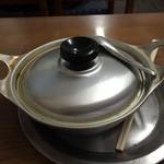 27159006 - アルマイトの鍋です。