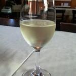 ボーノ - グラスワイン白 460円(税抜)