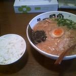 27165305 - 醤油ラーメン&麦飯