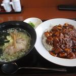 27165680 - 四川麻婆飯・あっさり塩ラーメンのセット 食歴3セット