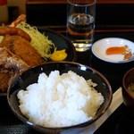 27170588 - ミックスフライ定食 650円