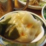 同福堂 - 持帰りで仕立てたスープ餃子;好みで辣油を,一滴し @2014/05/11