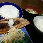 与作 - 秋刀魚開きセット