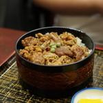 長寿庵 - 焼き肉丼