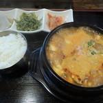 味道楽 - 海鮮スンドゥブ定食