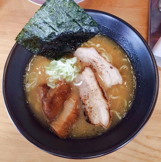 東座 - 鶏白湯ラーメン