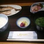 27188601 - (2014/5/12)焼魚定食。本日は鯵の開き也。