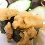 回転寿司喜楽 - ウニ¥220 こぼれてる☆♪