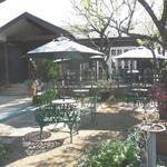 27200230 - ケーキラボ・マグネット喫茶店と、テラス席