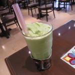Urth Caffé - オーガニック・グリーン・ティー・ボバ(ブレンディッド)2