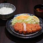 とんかつ宗次郎 - 料理写真:ロースかつ定食 120gロースかつ