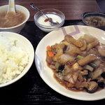 香港酒家 景記 - 八宝菜定食です