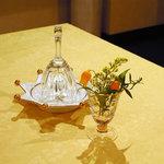 トゥ・ラ・ジョア - 須本シェフのおもてなしの始まりです(^^)月順に美味しかった料理を並べました。