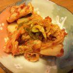 中村商店 - 食べ放題のキムチ