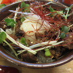 さぬきうどん こも庵 - 元喜盛の牛筋丼