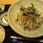 手打蕎麦 たけ田 - そばサラダ   900円