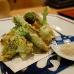 いち井 - 山菜の天ぷら