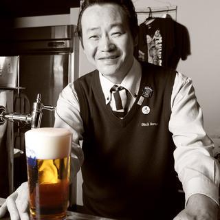日本屈指のドラフトマスターが注ぐ樽生ビール!