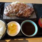 石焼ステーキ 贅 - 旨ハラミ・サーロイン・コンビステーキセット
