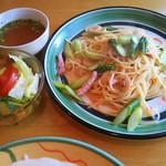 レストランパプリカ - ランチ アスパラとベーコンのスパゲッティー ¥800