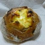パンやきどころ RIKI - ミックスベリーフロマージュ ¥190+税