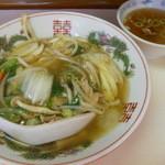 珉珉 - 中華丼とスープ