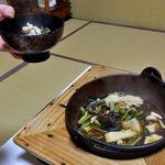 出羽屋 - 夕食(山菜鍋)