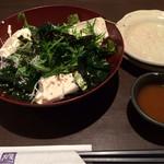 大戸屋 - 手作り豆腐とじゃこのサラダ。